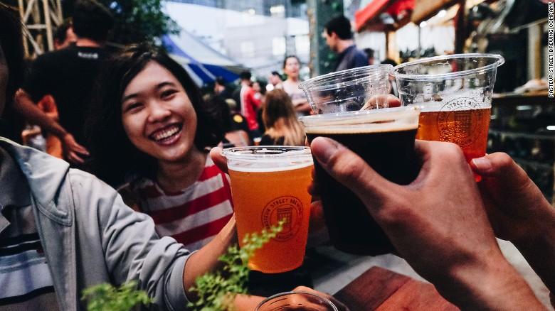 Cơn sốt Craft beer - bia thủ công Việt Nam lên báo Mỹ
